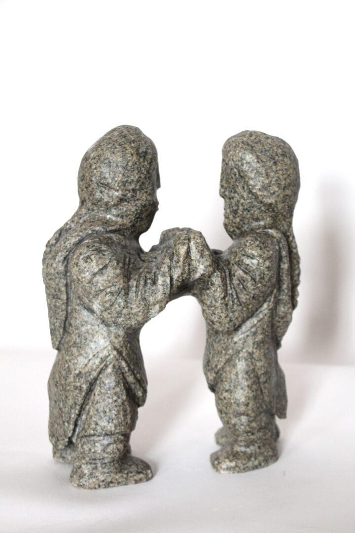 Throat Singers Inuit Art Sculpture in granit