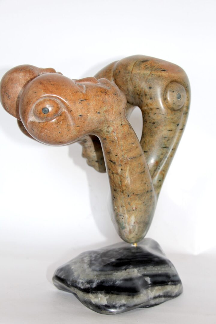 composition Inuit Art Sculpture in soapstone