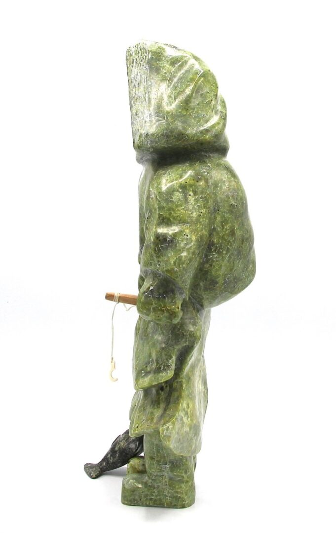 inuit sculpture serpentine kimmirut