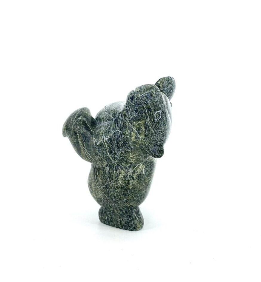 Dancing Bear 18663 par Markoosie Papigatook in serpentine stone in cape dorset